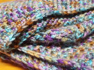 Crocheted toque & neckwarmer set